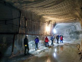 В соцсетях появилось аэровидео, где видно, что  с соликамского рудника в Каму сливается вода