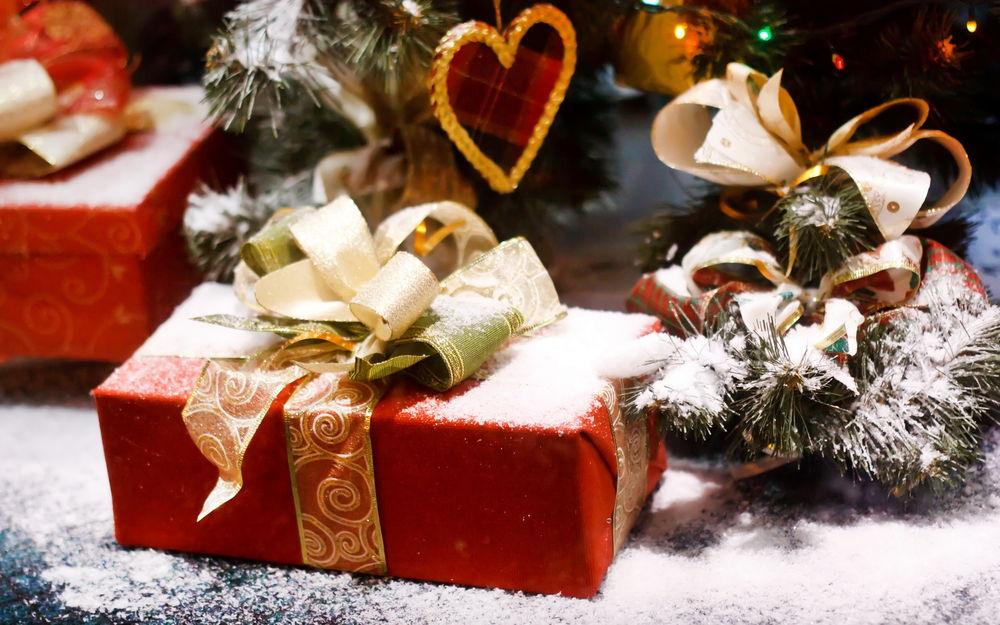 15 недорогих подарков на Новый год