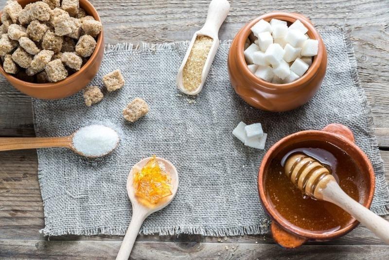 Никогда не просрочатся: 7 продуктов, которые можно хранить вечно