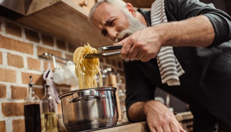 «Жидкое золото» или не сливайте воду после варки макарон ― она вам еще пригодится
