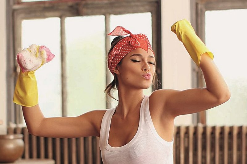 Вместо тренажерного зала: 9 домашних дел, которые помогают похудеть