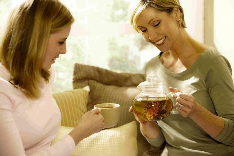 Как и когда полезный чай превращается в отраву: 6 ситуаций, о которых должен знать каждый